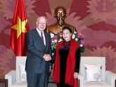 La présidente de l'AN vietnamienne affirme les liens avec les États-Unis