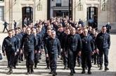 Macron et Paris rendent hommage aux