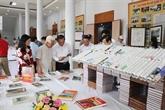 Ninh Binh: Ouverture de la Journée du livre et de l'exposition sur Hoàng Sa et Truong Sa