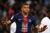 Ligue 1: Paris fête son sacre avec un triplé de Mbappé et le retour de Neymar