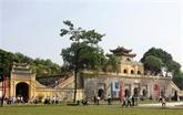 Rencontre avec de jeunes ambassadeurs culturels de Hanoï