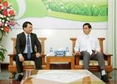 Un responsable du FPV présente ses vœux à l'Église protestante du Vietnam