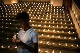 La communauté chrétienne, sous haute surveillance, pleure ses morts