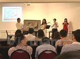 L'Association Dông Hành à Singapour octroie 32 bourses à des étudiants vietnamiens