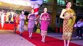 Des étudiants laotiens accueillent le Têt Bunpimay à Huê