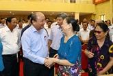 Nguyên Xuân Phuc à l'écoute des électeurs de Hai Phong