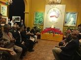Le PM népalais assiste à la publication d'un livre sur la paix et le bouddhisme