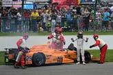 500 miles d'Indianapolis: Alonso part à la faute et détruit sa voiture