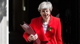 Brexit: Theresa May va faire une