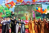 Célébration du 2563e anniversaire de la naissance du Bouddha