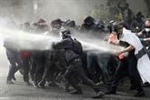 Tension à Paris pour des manifestations du 1er mai sous haute surveillance