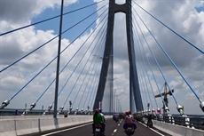 Le pont de Vàm Công sur le fleuve Hâu inauguré