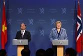 Conférence de presse coprésidée par les PM vietnamien et norvégien