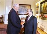Le Premier ministre Nguyên Xuân Phuc rencontre le roi de Norvège