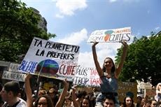 En France, les jeunes de nouveau dans la rue pour laction climatique