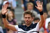 Roland-Garros: Mahut renversant contre Cecchinato, 1er Français au 2e tour