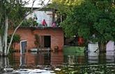 Au Paraguay, la crue du fleuve fait fuir les plus pauvres