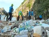 Colloque sur la pollution plastique au Vietnam