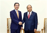 Nguyên Xuân Phuc reçoit le président du groupe d'amitié parlementaire