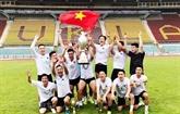 Les Vietnamiens participent au tournoi de football du Sénat tchèque 2019