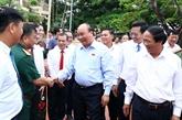 Le PM à l'écoute des électeurs de la ville de Hai Phong