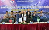 Vietnam et Allemagne coopèrent pour promouvoir le développement du football