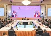 Le vice-Premier ministre Pham Binh Minh aux conférences de l'ASEANà Bangkok