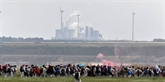 Une mine de charbon occupée par des militants écologistes