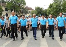 Des milliers de personnes rejoignent la Marche pour ta santé