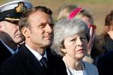 Macron et May célèbrent côte à côte le