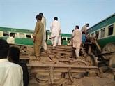 Pakistan: 21 morts et 100 blessés dans une collision de trains