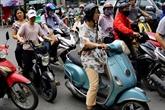 La mode court les rues à Hanoï