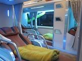 Le bus de nuit: un moyen économique de voyager