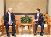 Le vice-Premier ministre Vu Duc Dam reçoit l'ambassadeur d'Australie
