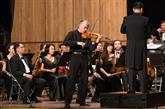 Le violoniste Stéphane Trân Ngoc fait son retour au Vietnam