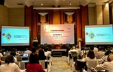 Une conférence internationale sur le développement de l'éducation à Hanoï