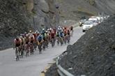 Cyclisme: le Tour de l'impossible grimpe aussi haut que le Mont Blanc