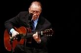 Le Brésil rend hommage à Joao Gilberto, son