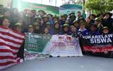 Des étudiants malaisiens au Vietnam pour la campagne de volontariat