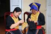 La broderie de Ba Che s'envole à Quang Ninh