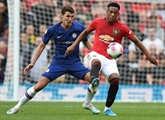 Angleterre: Manchester United flambe et démarre fort