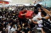 Manifestations à Hong Kong: 2e journée de chaos à l'aéroport
