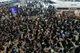 Accalmie à l'aéroport, la ville reste sous tension