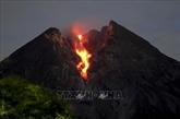 L'Indonésie interdit les activités autour du volcan Merapi