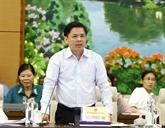 Le ministre des Communications et des Transports répond aux questions d'actualité