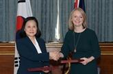 Londres et Séoul signent un accord de libre échange pour l'après-Brexit