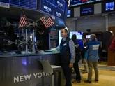 Wall Street efface une partie de ses gains après des tweets de Trump