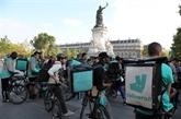Rassemblement de livreurs Deliveroo à Paris contre les nouveaux tarifs