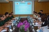Vietnam - Japon : entraînement à la manœuvre des équipements poids lourd du génie