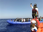 Migrants : l'Italie pousse à une